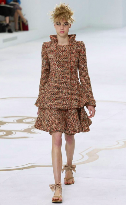 A good example of collar shape and experimentation at Chanel Couture